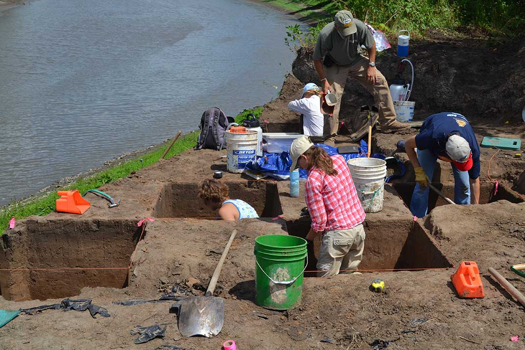 Excavation at the Coffey Site in Pottawatomie County, Kansas (photo by Kale Bruner).