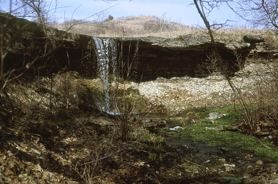 Alcove Spring in Marshall County was an important source of water for travelers on the Oregon Trail.